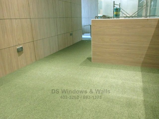 grass color carpet for studio offices