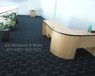 Elegant Blue Carpet Roll with Design Patterns for Modern Offices