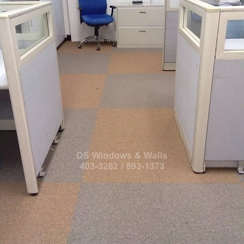 Alternating carpet tiles