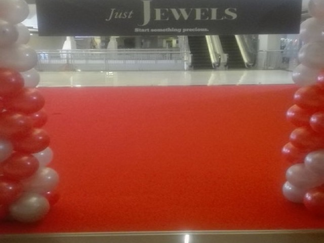 Red carpet for malls
